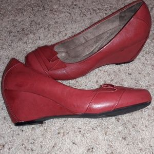 Brand new dark red LEATHER wedges